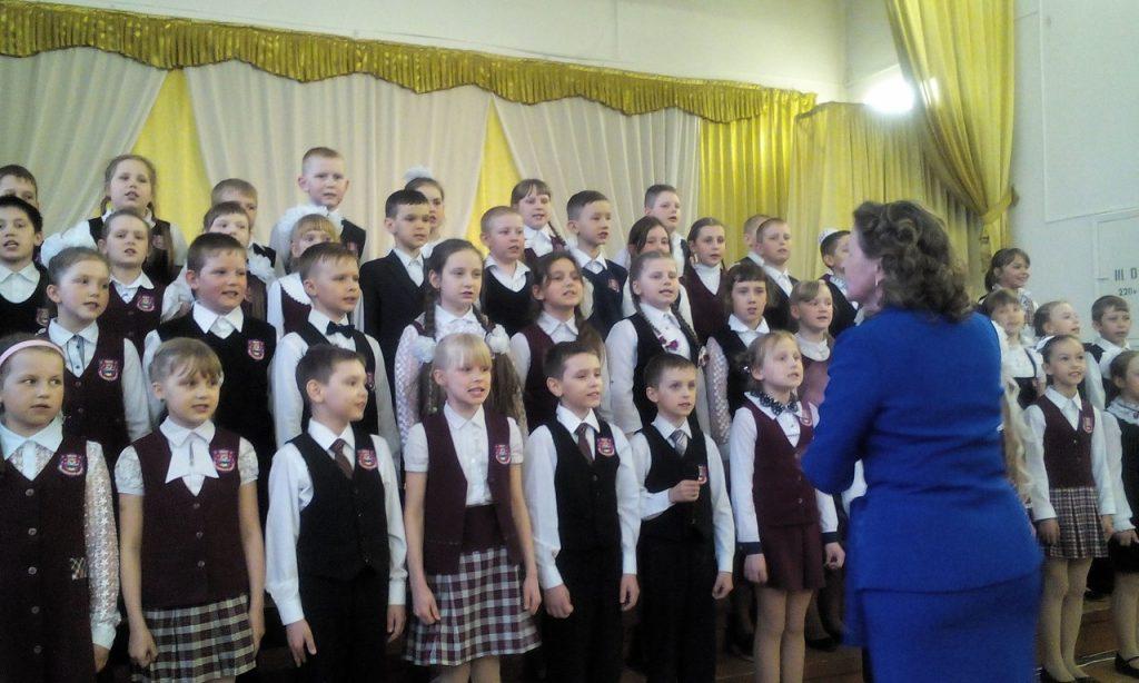 """Концерт в вохтожской школе """"Звёзды зажигают у нас..."""""""